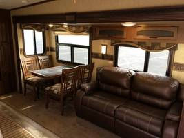 2015 Jayco Eagle 28.5 RKDS Touring Edition For Sale in Littleton, Colorado 80127 image 4