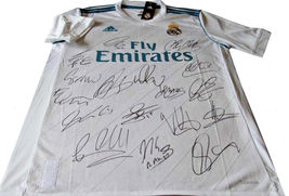 Real Madrid Team Signed Autograph, Includes Ronaldo, Bale, Benzema  - $299.95