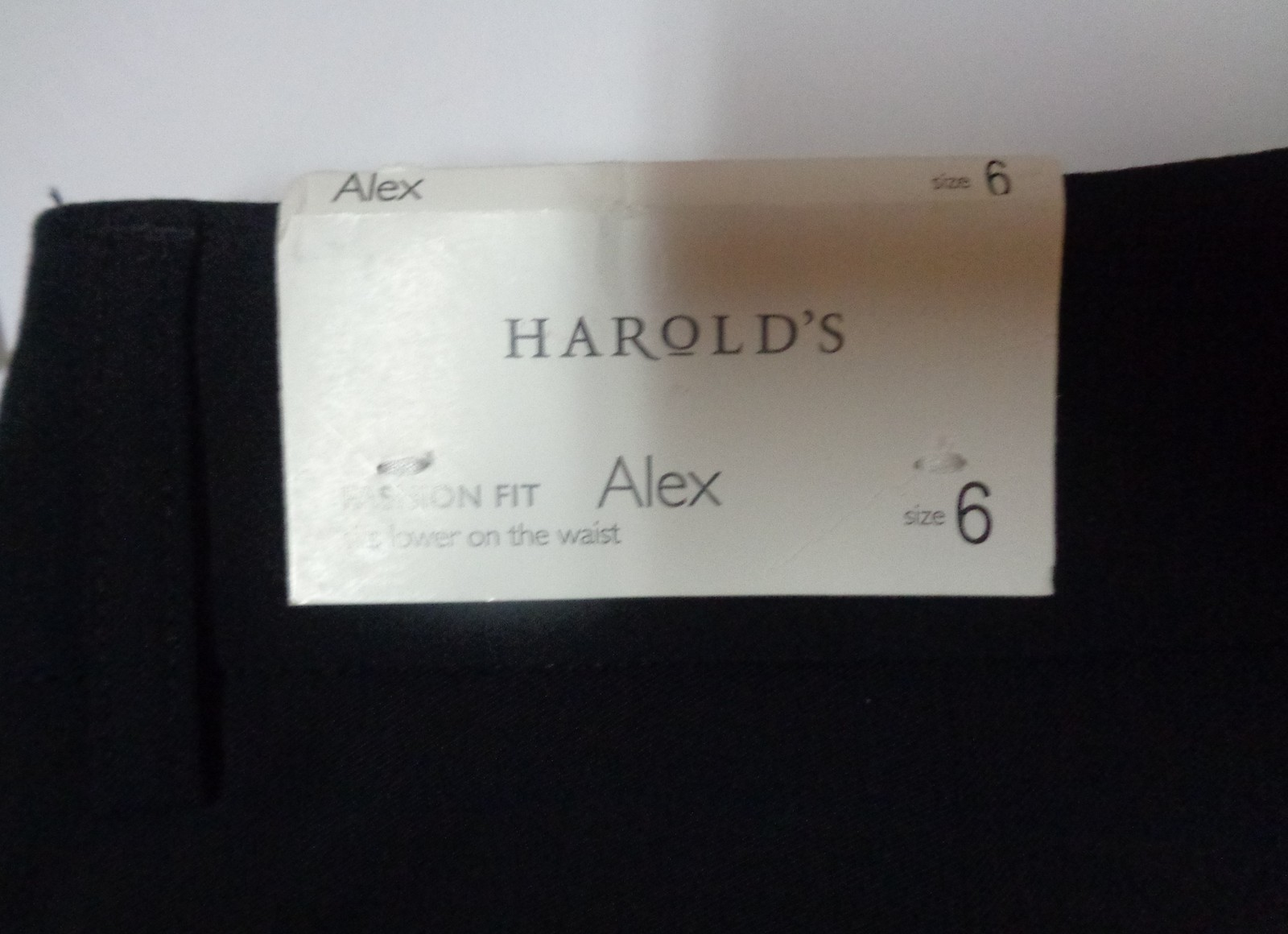 Harold's Alex Shorts Favorite Fit Below Waist NWT Black Women's SZ 6