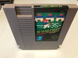 10-Yard Fight, Nintendo Entertainment System (NES) 1985, Tested - $4.10