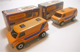 2  Vintage 1979 Matchbox Lesney Chevrolet Van # 68 Different Variations ... - $39.74