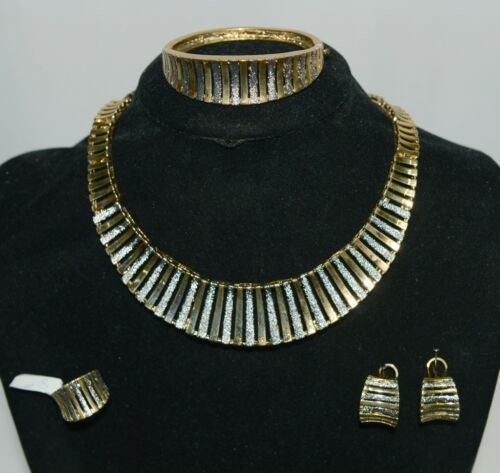 Fashion Jewelry Set Gold Color Includes Necklace Bracelet Ring Earrings