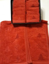 Martha Stewart Red  Holiday Christmas 2 hand towels 2 finger Towels Four... - $22.51