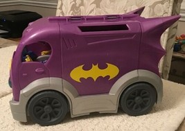 DC Super Hero Girls BATGIRL & Vehicle Playset - Batgirl's Headquarters o... - $11.88