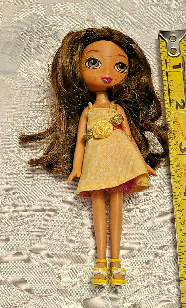 Vintage Doll TM & MGA made in china  Bratz? Clothes Included as shown (BR4)