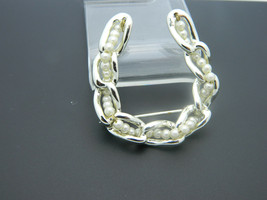 Faux Pearl Chain Link Horseshoe Pin Brooch Vintage Light Gold Tone image 2
