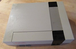 Nintendo Entertainment System (NES-001) Console for Parts or Repair N252... - $29.69