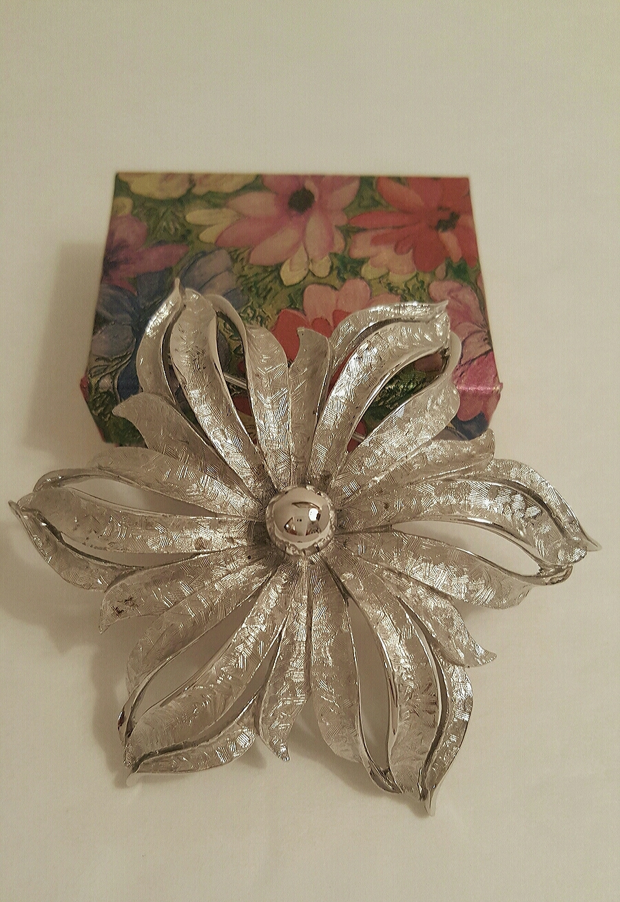 Vintage Brushed Silver Tone Abstract Flower Brooch and Earring Set