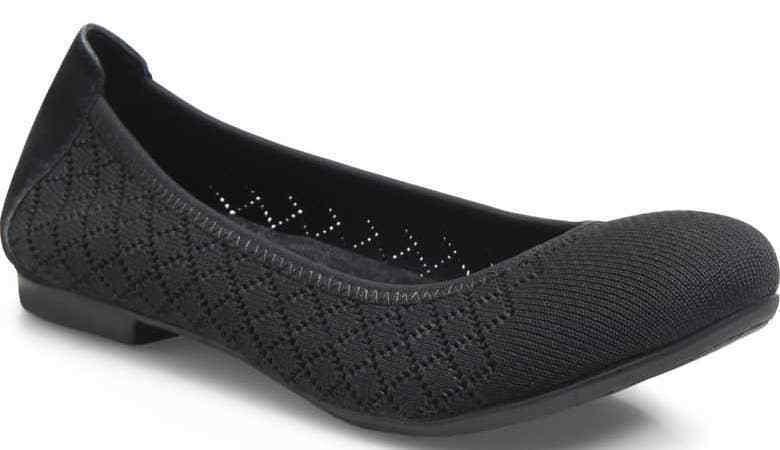 Womens Born Julianne Flats - Black Size 9