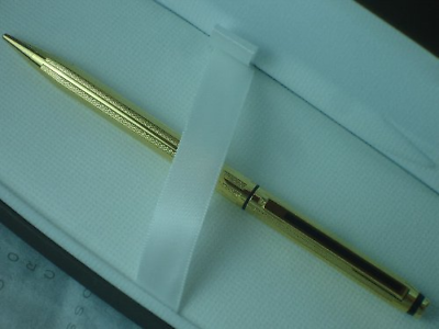 Cross Made in USA Classic Signature Series and 22 Karat Gold Pencil 0.5mm Lead
