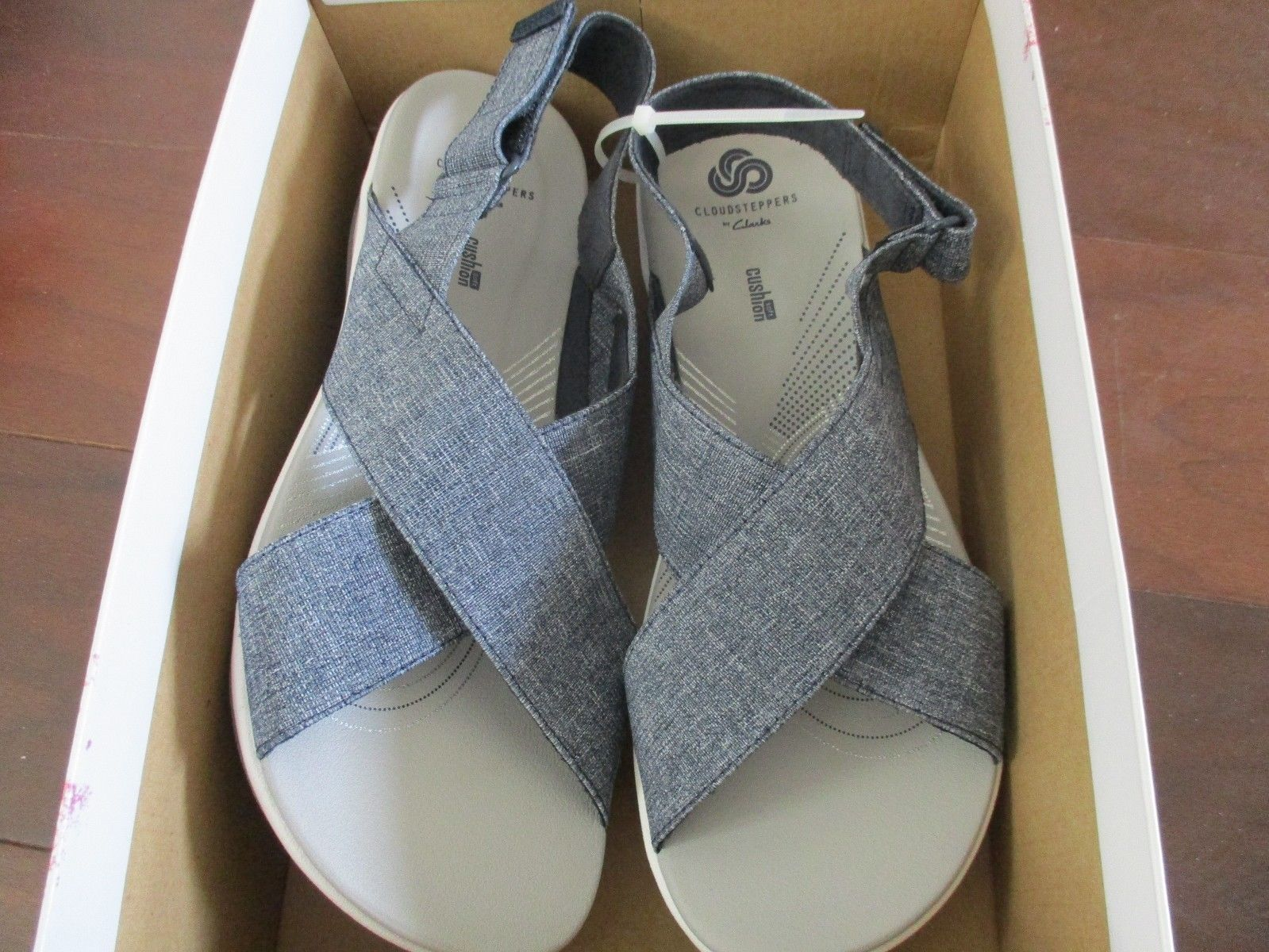 BNIB Clarks Cloudsteppers Arla Kaydin Ortholite Sandals, Women, Size 9M, Navy