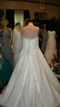 75% OFF SALE FOR A LIMITED TIME !!!! DB White Halter Sz 26 Wedding Gown - $123.75