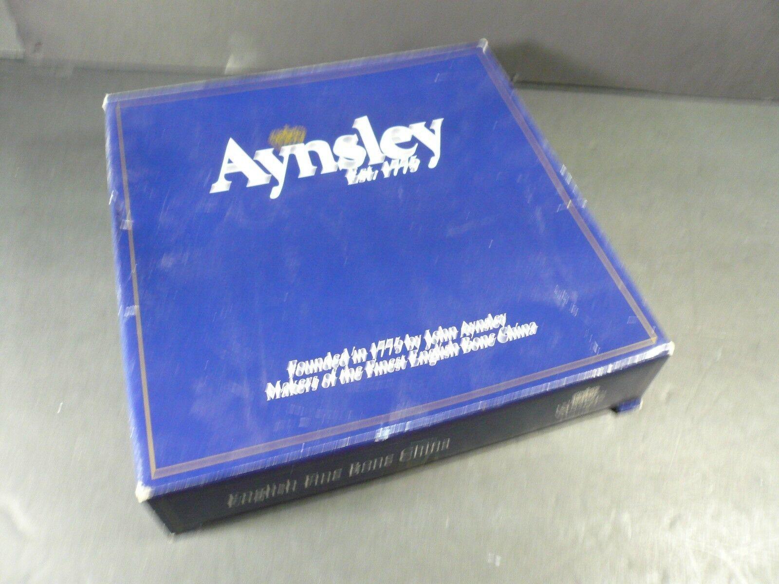 New In Box Rare Aynsley Wild Tudor Pierced Tray