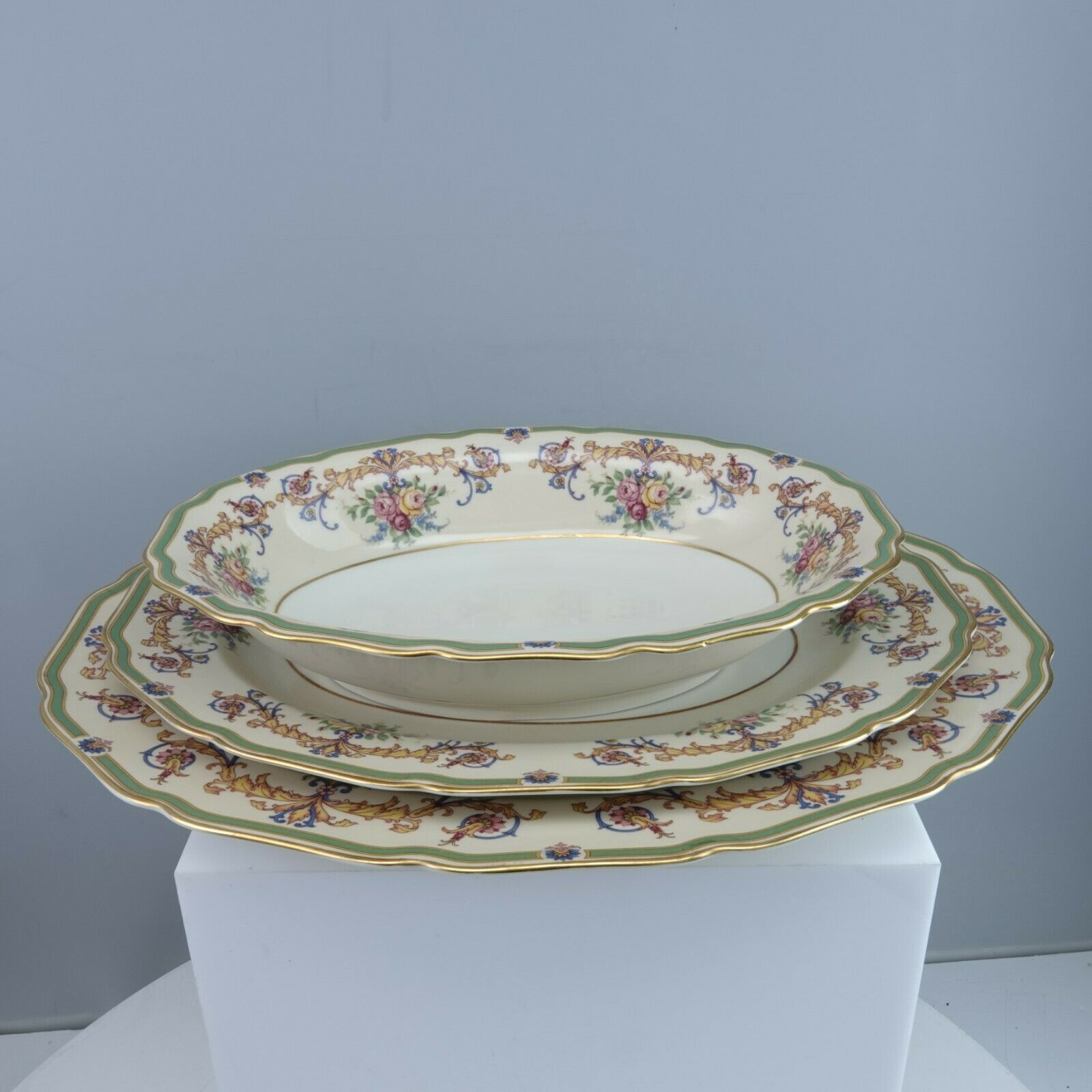 Primary image for Rosenthal WESTBURY 2 Platters and Oval Vegetable Mint Unused Condition