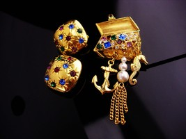 Nautical brooch set/ signed pirate treasure chest / seahorse anchor char... - $125.00