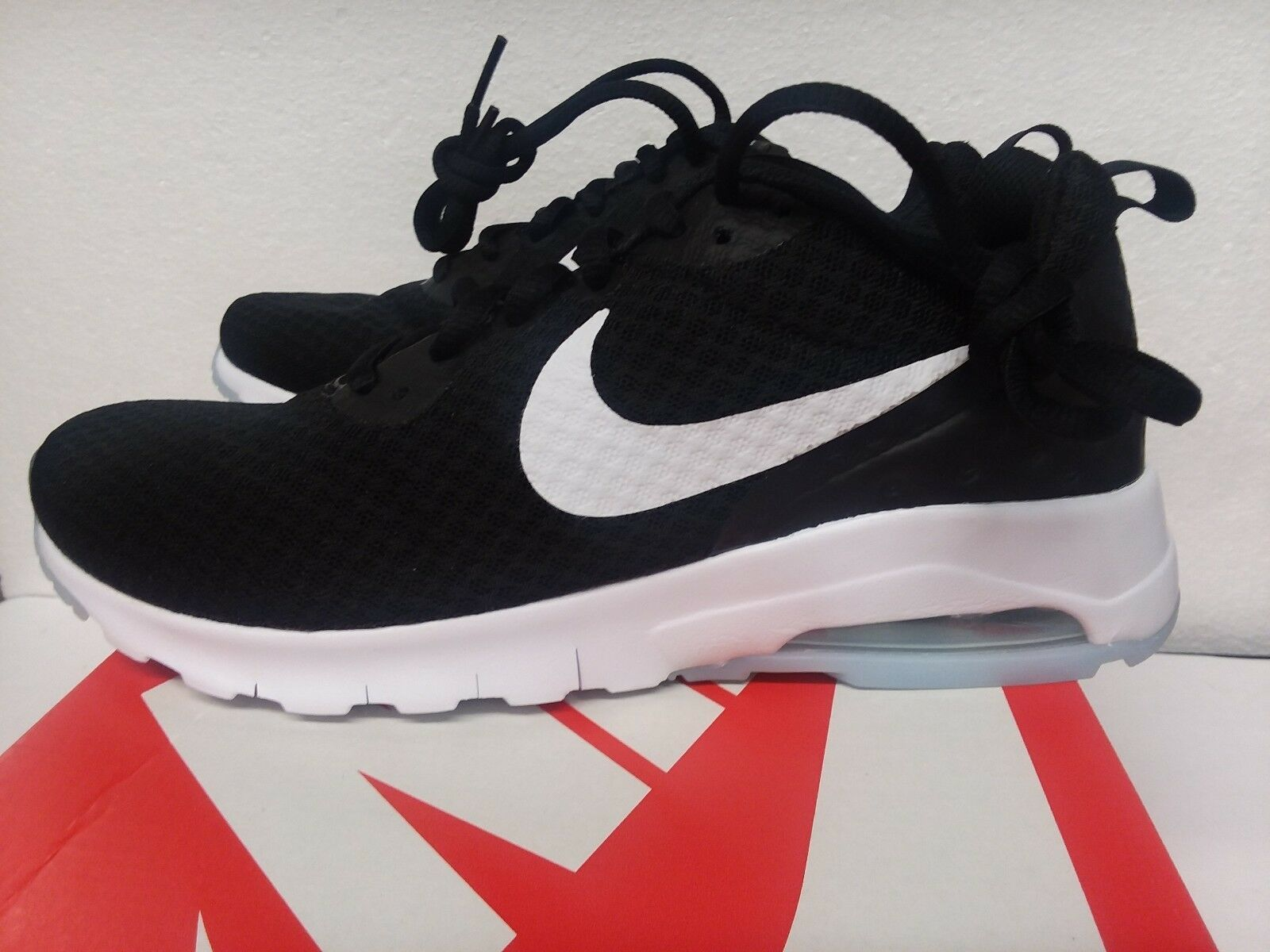discount shop official supplier designer fashion Nike Air Max Motion LW, Women's Running and 31 similar items