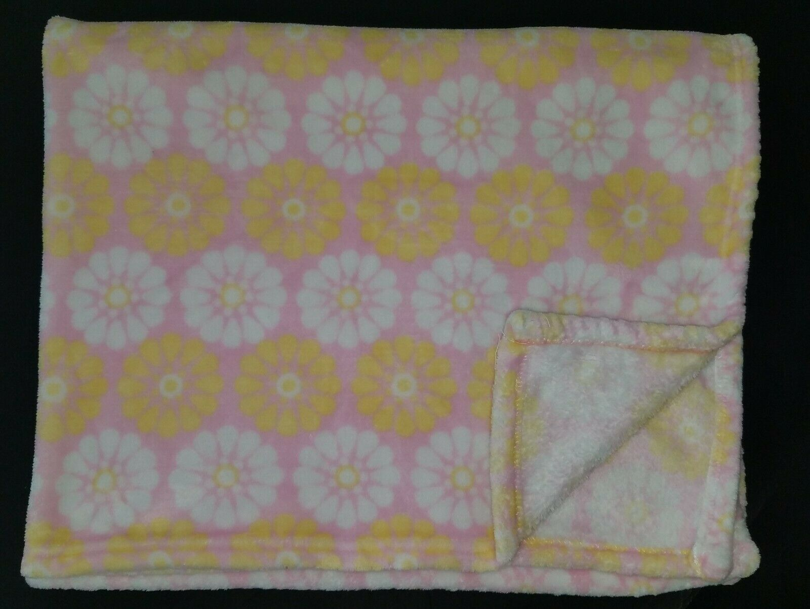 Baby Doll Bedding 30 x 33 Heavenly Soft Receiving Blanket Ivory