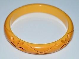 VTG Butterscotch Yellow BAKELITE TESTED Carved Flower Floral Bangle Brac... - $99.00