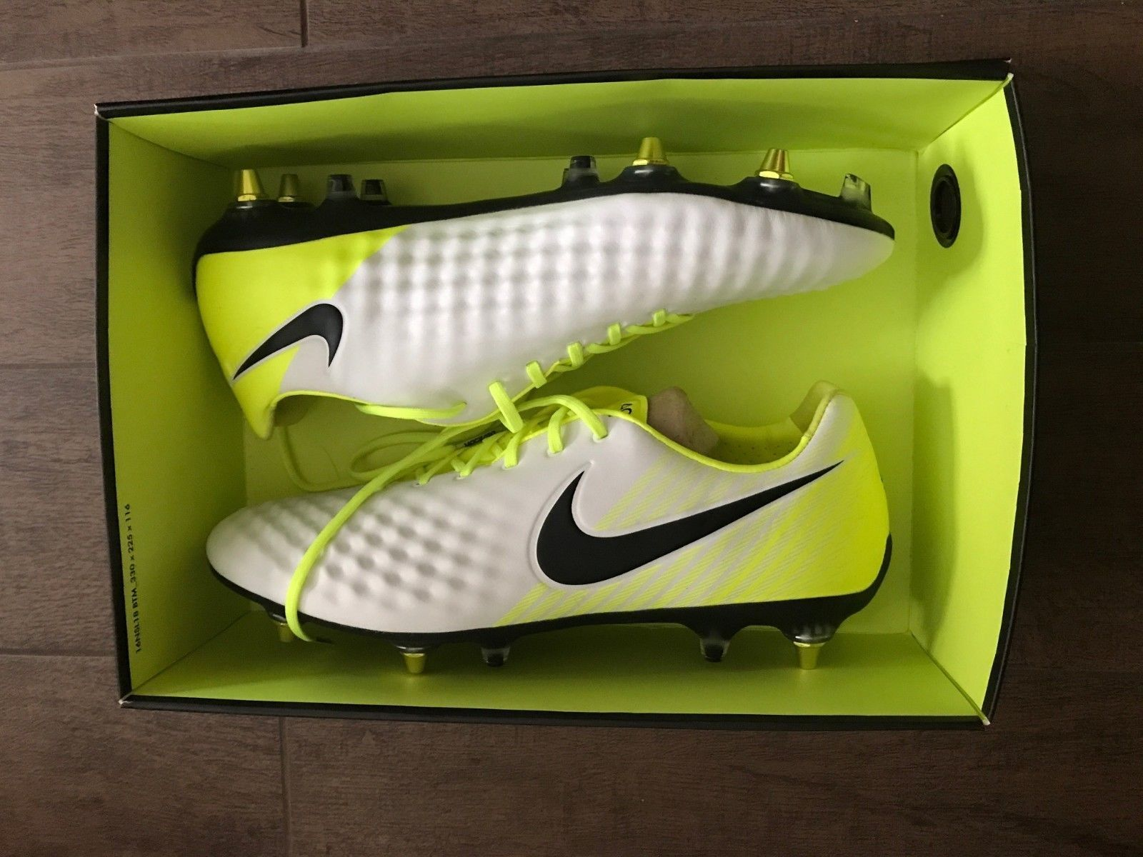 9c80a93939fe 57. 57. Previous. NIKE MAGISTA OPUS II SG-PRO AC WHITE BLACK VOLT WOLF GREY  889254 108 US · NIKE MAGISTA OPUS ...