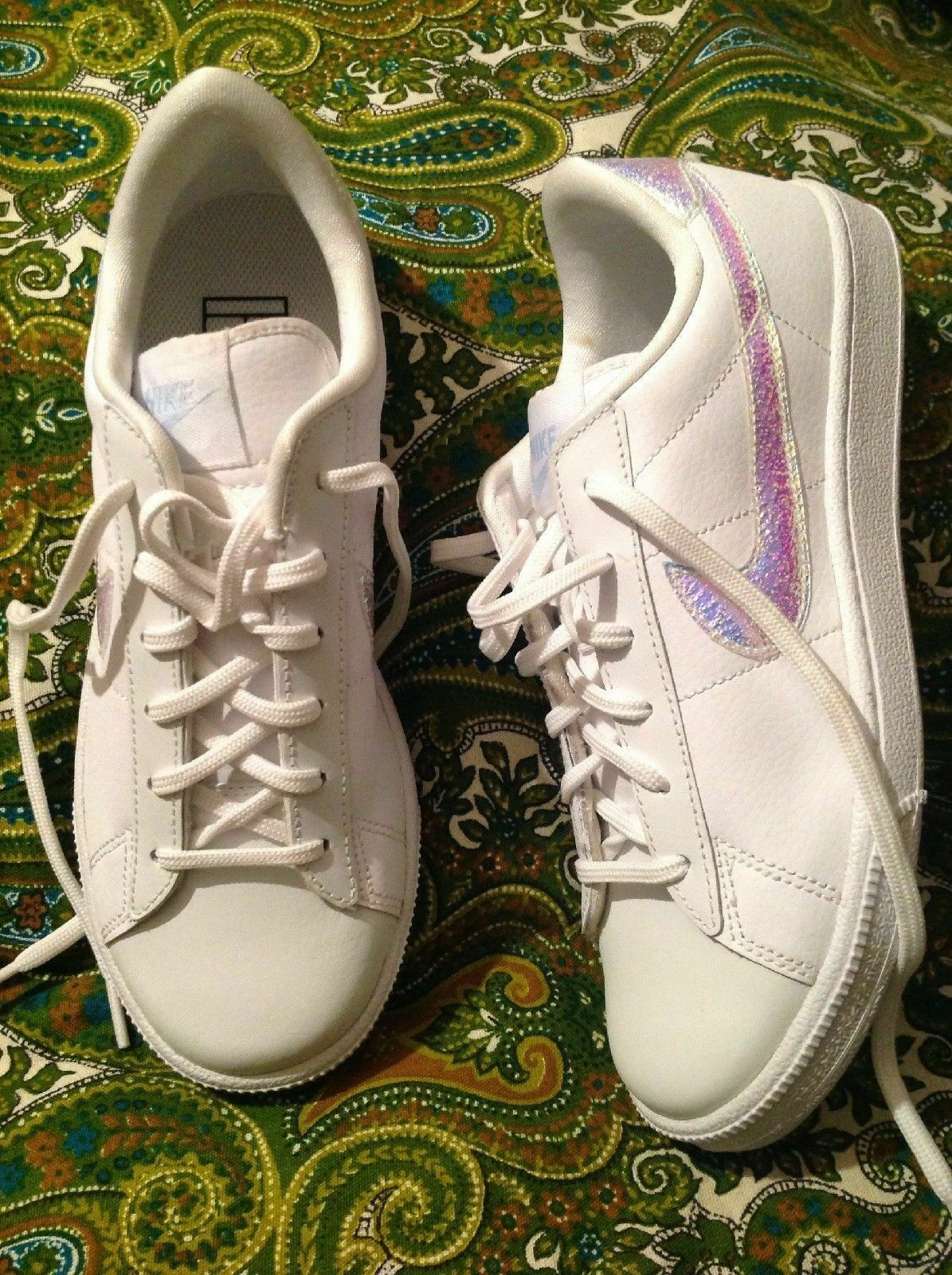 NEW NIKE 844940-100 WOMEN'S 7M WHITE LEATHER LOW IRRIDESCENT SWOOSH SNEAKERS