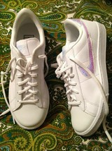 NEW NIKE 844940-100 WOMEN'S 7M WHITE LEATHER LOW IRRIDESCENT SWOOSH SNEA... - $47.96