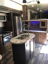 2019 FOREST RIVER Sand Piper 379FLOK FOR SALE IN Bastrop, TX 78602 image 7