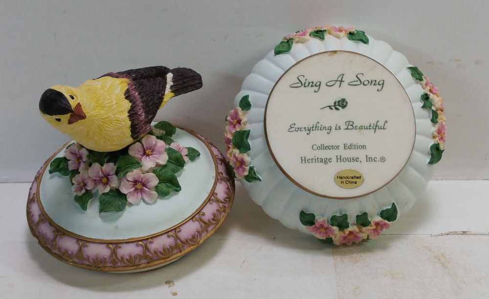 Heritage House Sing A Song Music Box Series Everything Is Beautiful