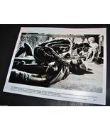 1992 Movie BATMAN RETURNS Press Photo Michelle Pfeiffer straddles Michae... - $9.95