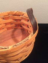 Eli Hershberger Amish woven basket with leather handles image 3
