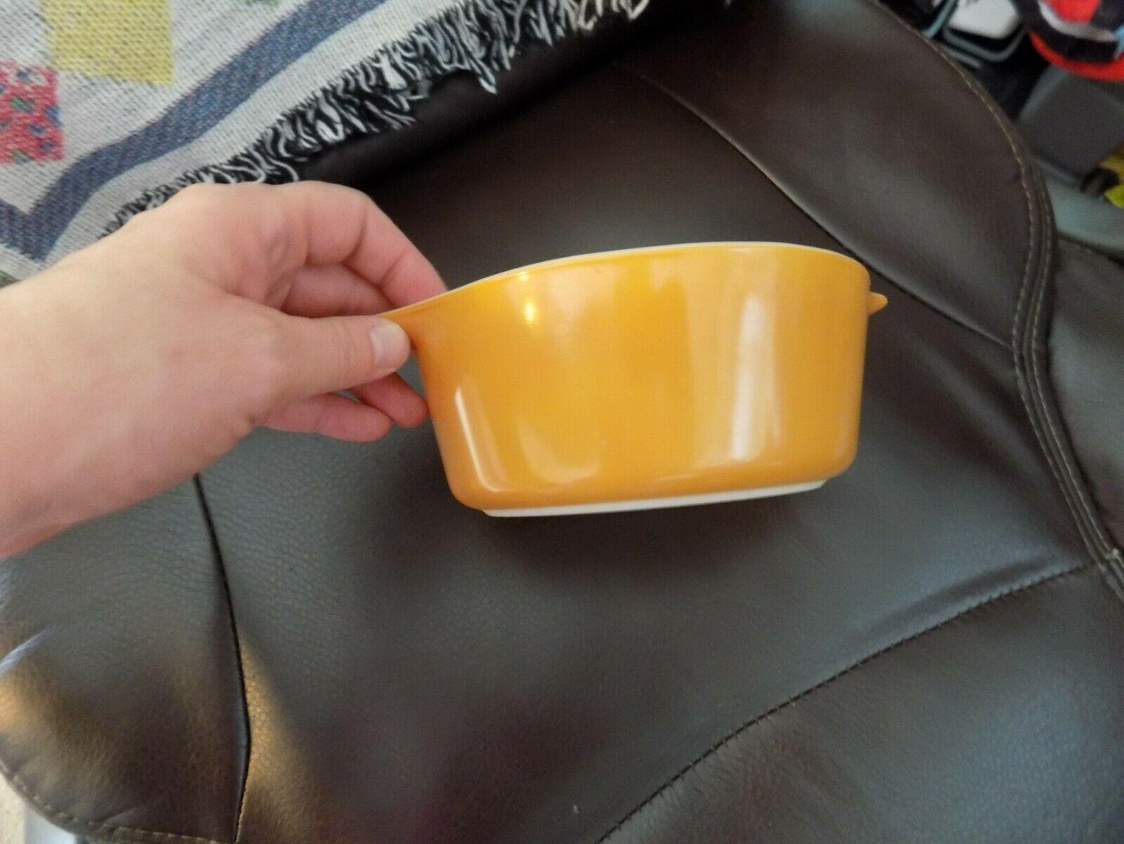 VINTAGE PYREX BUTTERSCOTCH CASSEROLE DISH #472 1-1/2 PT EUC image 3