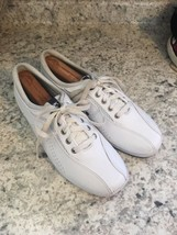 KEDS Women's White Leather Sneakers Tennis Shoes 8.5 - $29.06