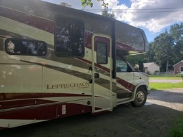 2018 Coachmen Leprechaun 319 MB for sale by Owner - Clarksville, TN 37042 image 12
