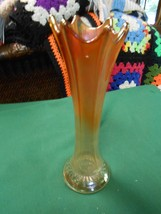 Beautiful Collectible Vintage CARNIVAL GLASS  Swung VASE................... - $15.84