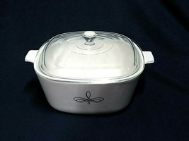 Vintage Corning Ware Casserole Dish With Lid - $27.67