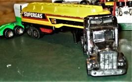 "Matchbox -  Convoy PETERBILT ""SUPERGAS TANKER"" image 5"