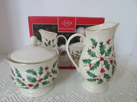 LENOX AMERICAN BY DESIGN HOLIDAY SUGAR AND CREAMER SET HOLLY BERRY NEW - $39.55