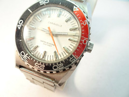 1970'S CARAVELLE 11DP 333FT RED AND BLACK ROTATING BEZEL DIVER WATCH RUNS - $299.00