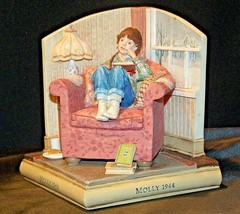 Molly 1944 American Girls Collection Figurine AA-191970 Collectible