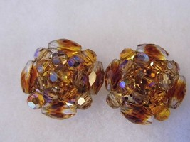 Vintage Vogue Clip On Earrings Amber Glass Iridescent Costume Fashion Je... - $14.66