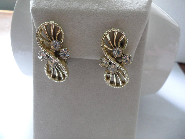 Vintage Coro Earrings 60s Earrings Modernist Earrings Coro Jewelry Mod Earrings
