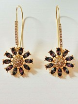 Beautiful Designer Inspiration (Betsey) Sweetness and Green Daisy Drop Earrings - $8.00