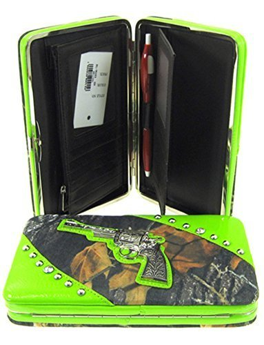Mossy Leaf Camo Gun Pistol Flat Wallet Clutch Purse (Green Trim)