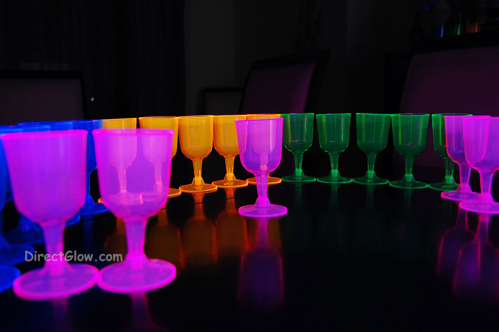 Assorted neon blacklight wine glasses4