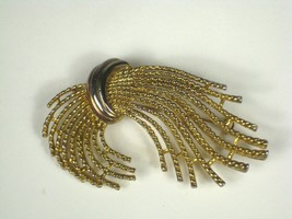 MJent Brooch Goldtone Rope Wheat Bundle 1 1/8 Inch Pin Tarnish - $29.69