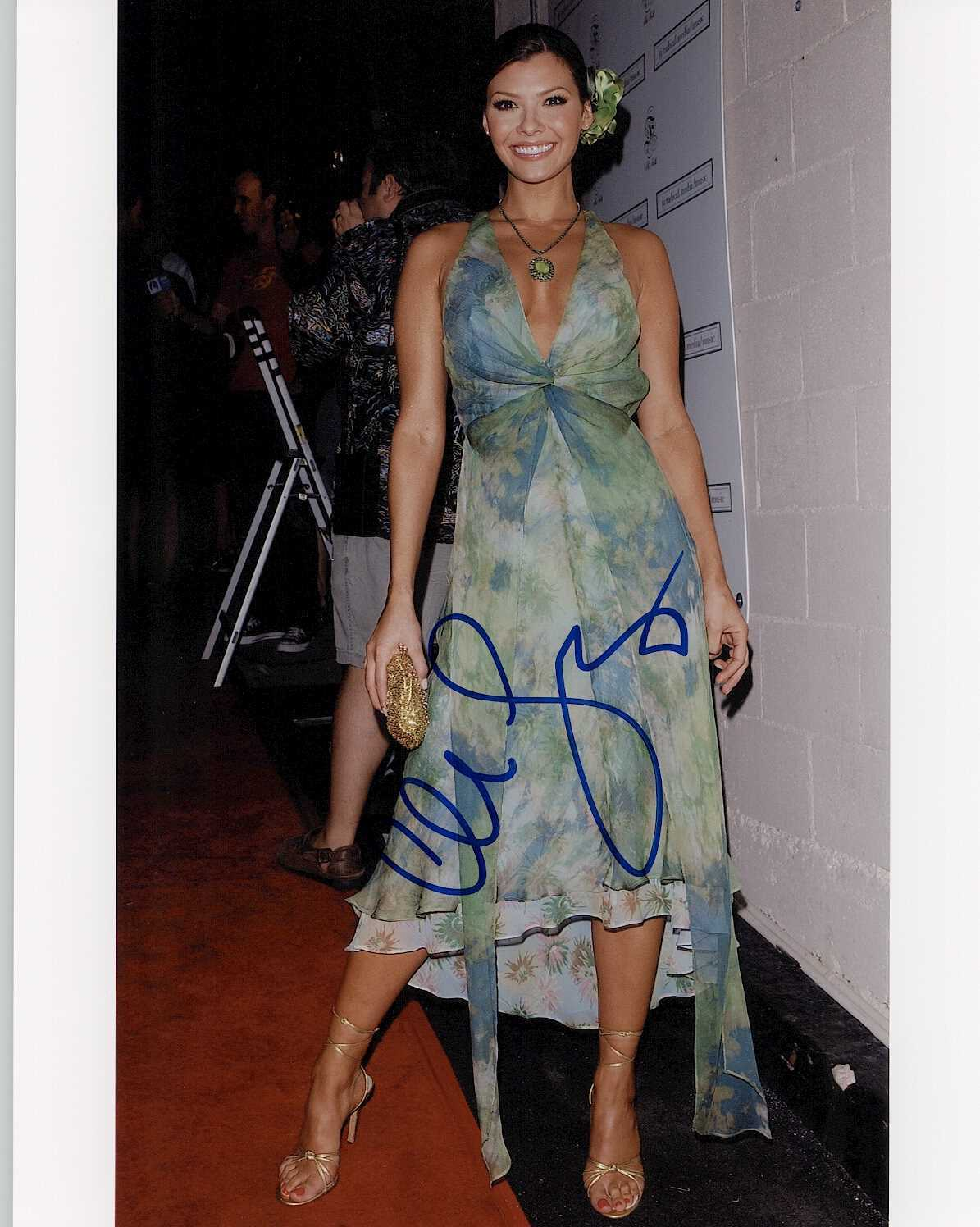Primary image for Ali Landry Signed Autographed Glossy 8x10 Photo