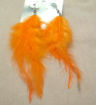 FEATHER EARRINGS         ITEM # 8169                COMBINED SHIPPING AL... - $2.75