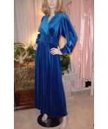 Vintage Rich Blue Velvety Gilligan OMalley Ladies Hostess Gown Lounge Ro... - €123,34 EUR