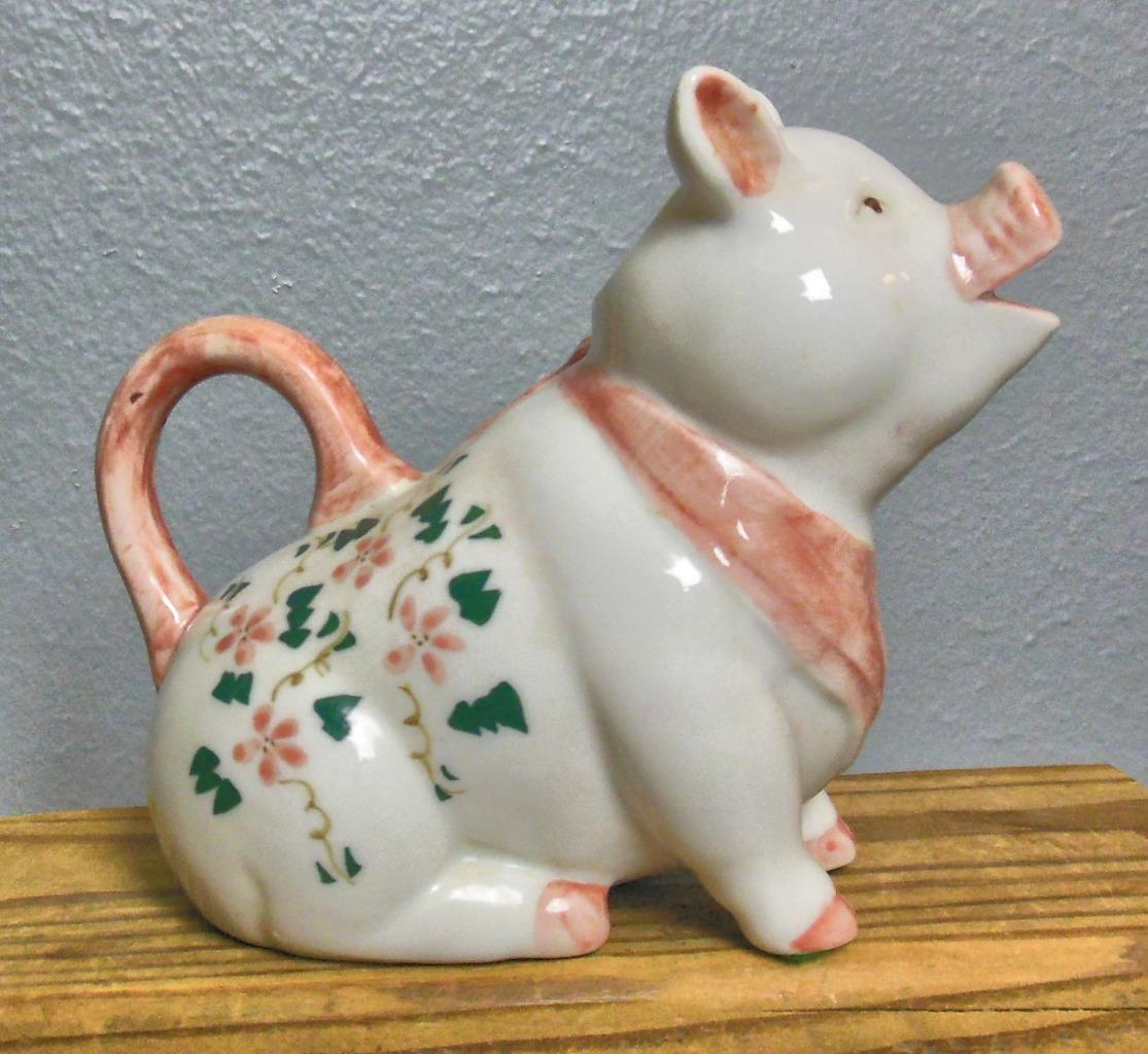 Primary image for Vintage Ceramic Pig Creamer Hand Painted Thailand  6 x 5 x 3""