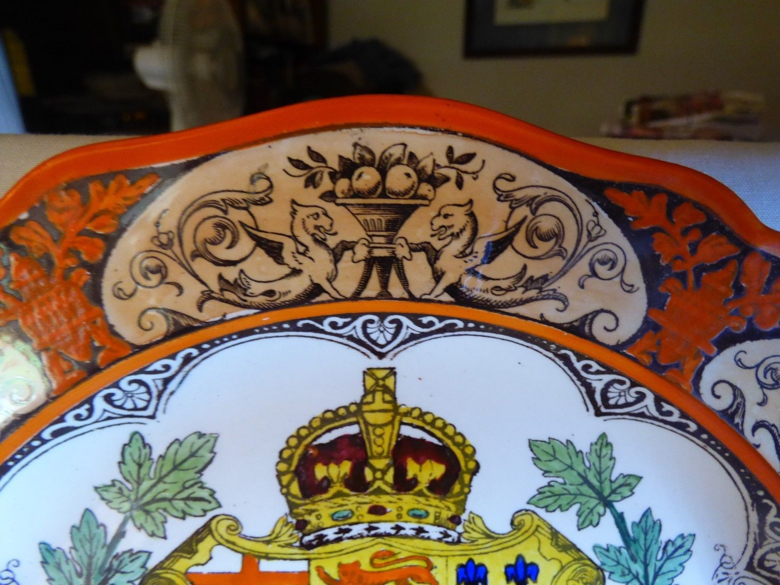 "1911 Wedgwood Etruria Dominion of Canada Montreal 10"" Plate Hand Painted Orange image 3"