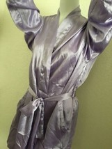 Victoria's Secret Lavender Short Robe With Tie!~ One Size! - $19.79